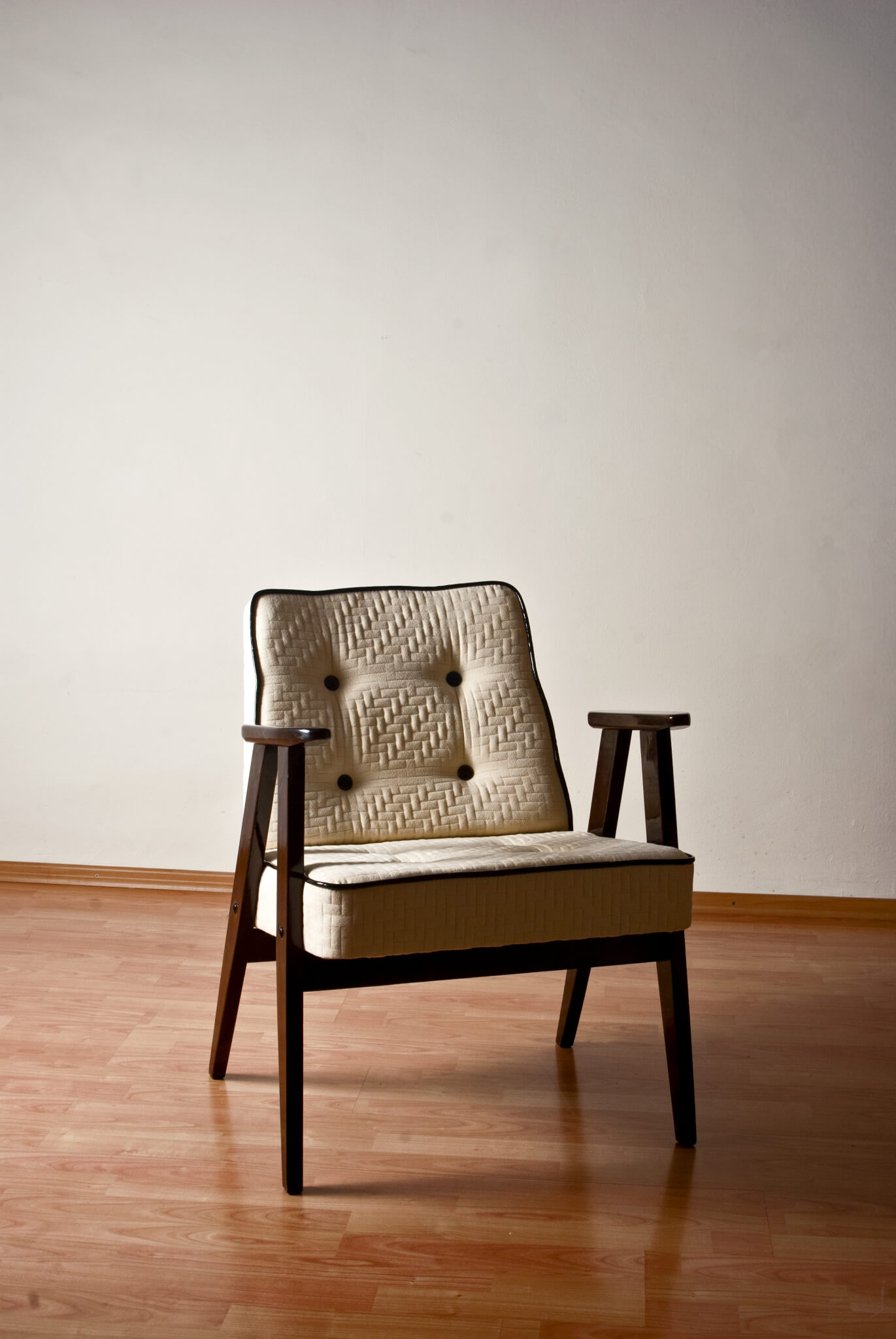 Homemid century modernkaros 60s restored mid century modern chair